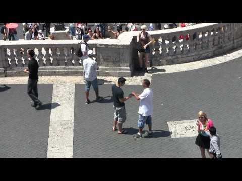 Rome Spanish Steps Friendship Bracelet String Scam
