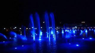 """Пеещите фонтани в Пловдив под звуците на """"Ако си дал"""" на Емил Димитров"""