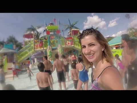 Six Flags Hurricane Harbor Oaxtepec | Isra y Naty