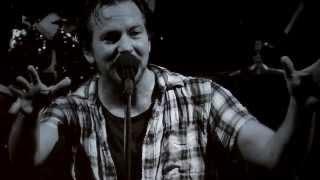 Pearl Jam - Sirens - Brooklyn (October 19, 2013)