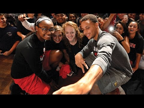 Steph Curry Returns to Davidson