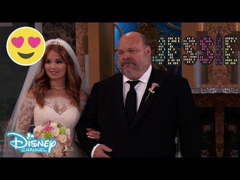 JESSIE | Biggest OMG Moment 😱 | Disney Channel UK