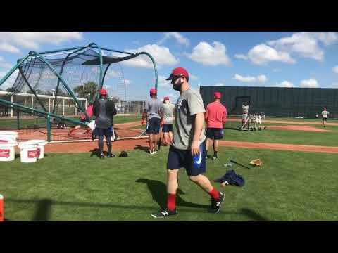 Mookie Betts, Andrew Benintendi take batting practice at Boston Red Sox spring training