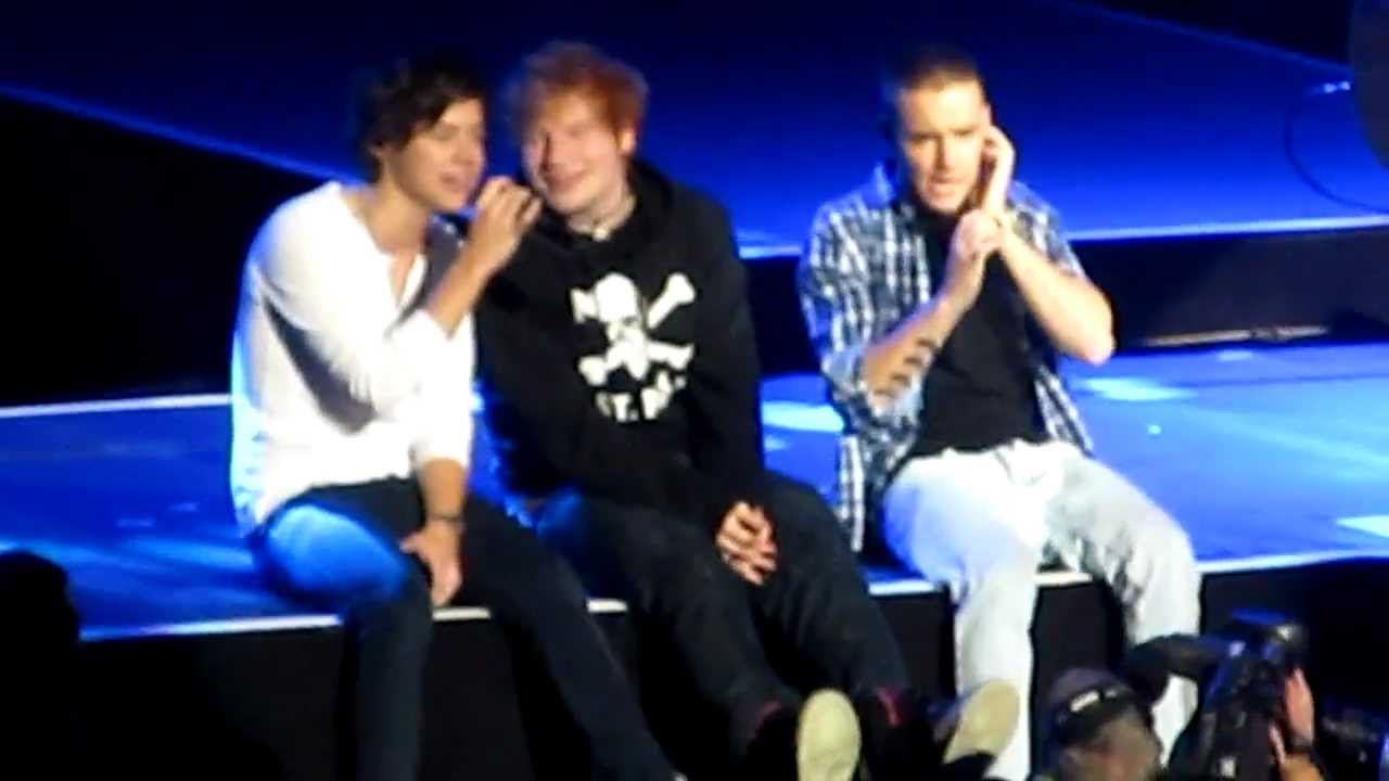 one direction feat ed sheeran little things msg 12 3 12 youtube. Black Bedroom Furniture Sets. Home Design Ideas