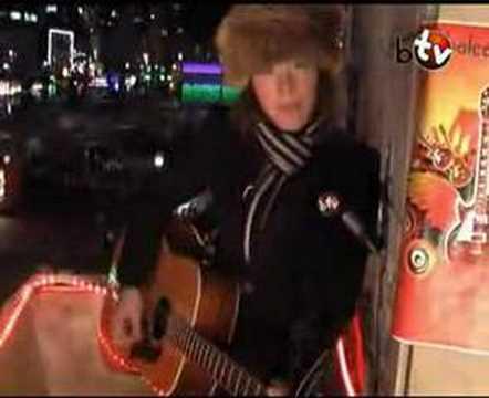 JOHANNA ZEUL - HEY FREMDER (BalconyTV)