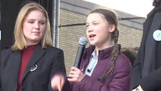Bruxelles, migliaia di studenti in piazza con Greta: