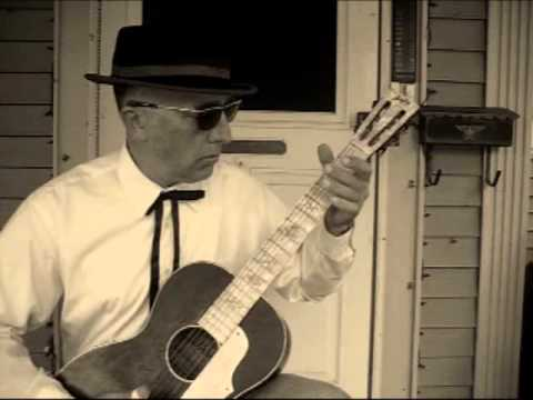 knoxville blues by sam mcgee / vestapol tuning key of c - cgcegc