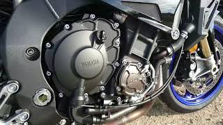 Duel Kawasaki Z1000R Vs Yamaha MT10SP : instrumentations et moteurs