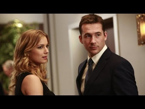 """Revenge's Barry Sloane Says """"There'll Be Lots of Reasons to Hate Aiden"""" This Season"""