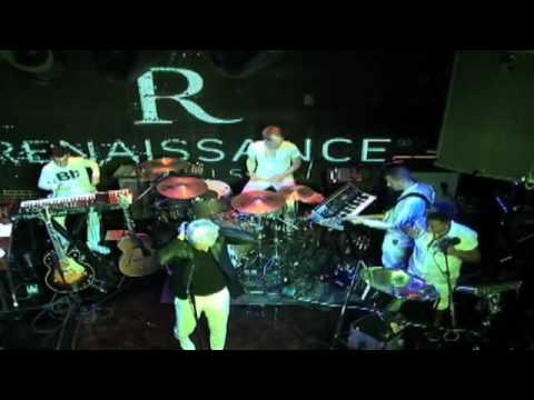 "Mr. Hudson ""White Lies"" Renaissance New York Hotel 57 LIVE CONCERT"