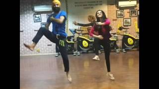 Ankita Sharma and Micky Singh att Bhangra