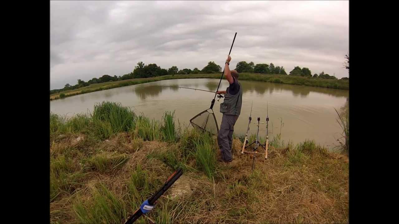La tente pour la pêche dhiver le stack du classique