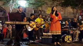 Nadia Fharshah Dilhanaridz feat retmelo buskers,lagu hindi gabungan mantap