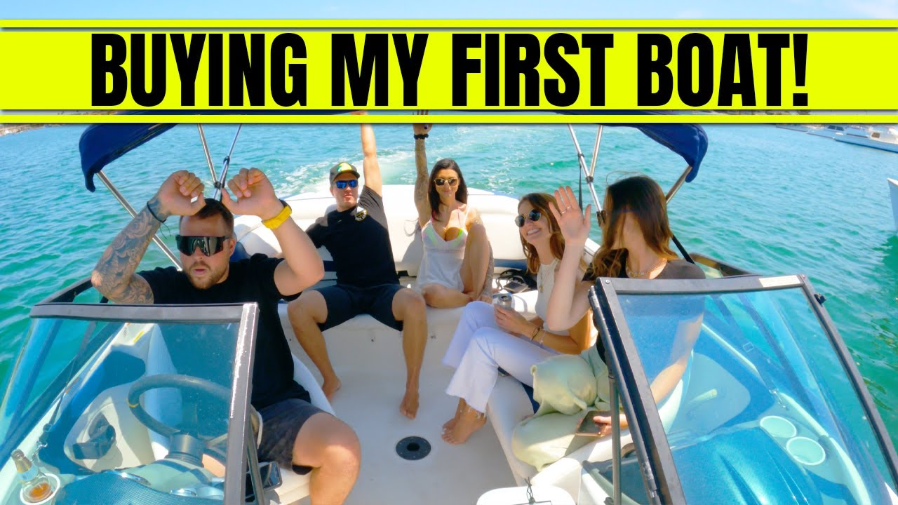 I BOUGHT MY FIRST BOAT!!