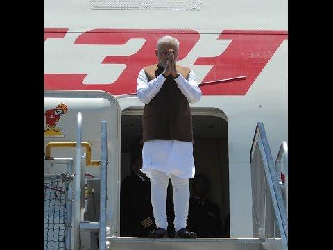 PM Narendra Modi Arrives at Brisbane Australia for G-20 Summit