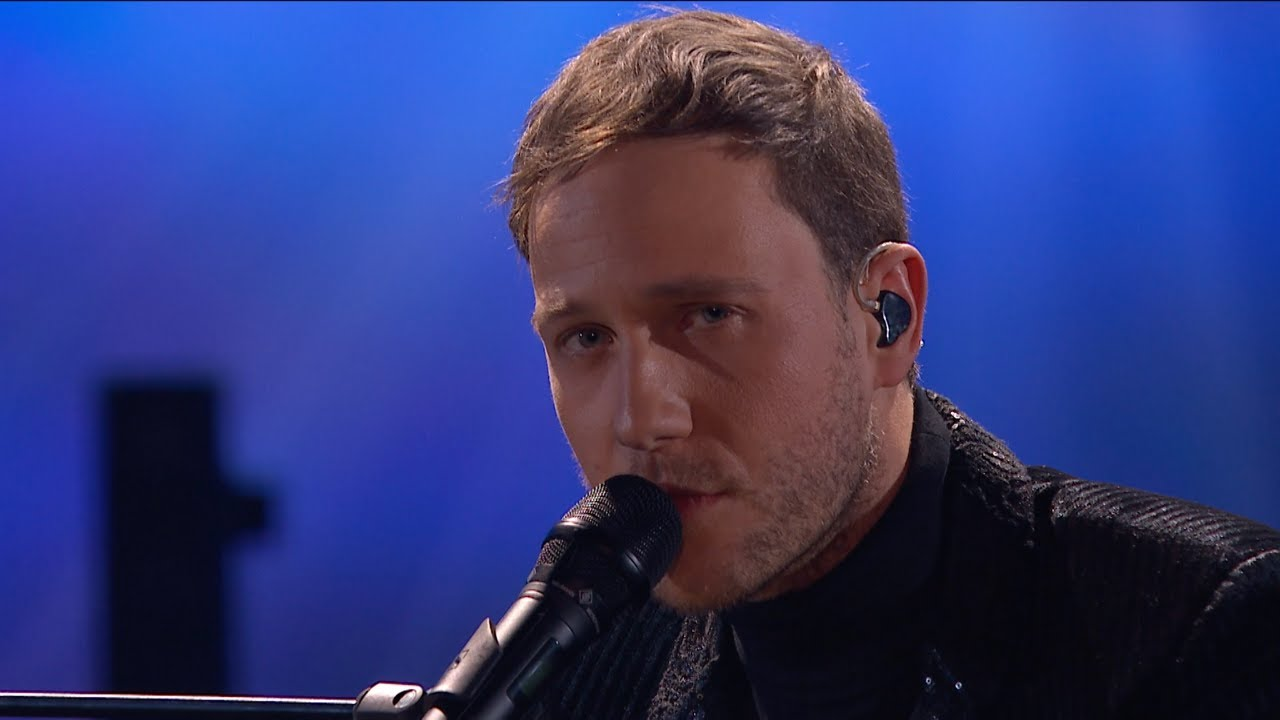 Download Klemen Slakonja - Arcade (Duncan Laurence Cover) Opening Act Goes Wrong at Ema 2020/Eurovision/ESC