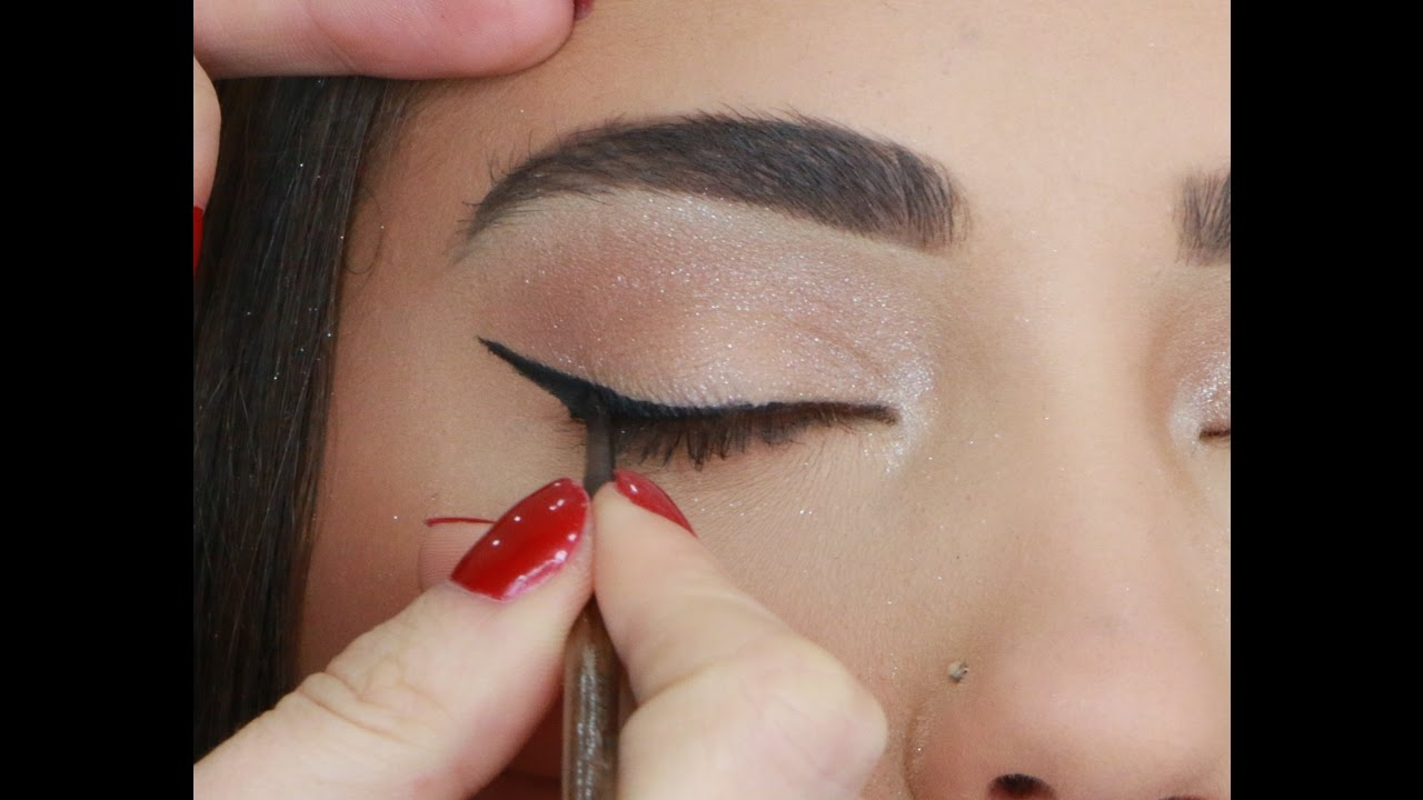 how to do simple cat eyes perfectly youtube