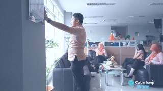 Mannequin Challenge At Office