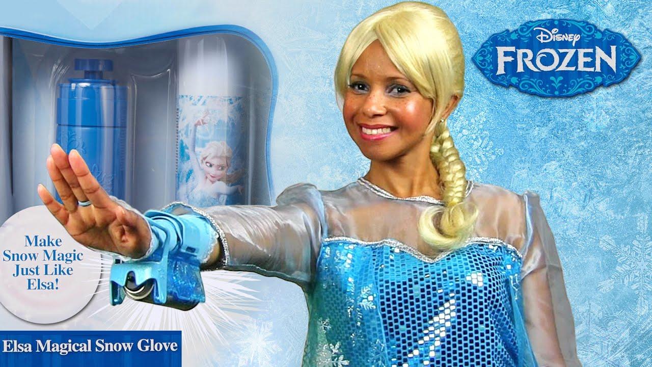 Disney Frozen Elsa Magical Snow Glove With Queen