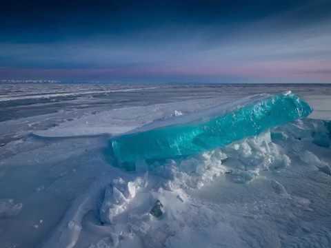 贝加尔湖畔 Lake Baikal