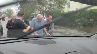 Cajun Navy rescues elderly man during Florence flooding