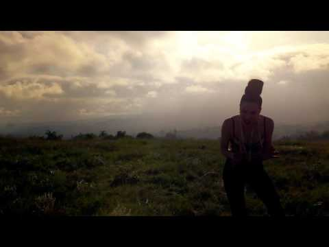 Клип Ayah Marar - Mind Controller
