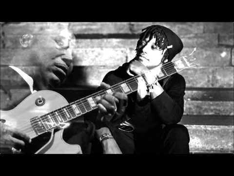 Poquito Paris, Poquito Funk (George Benson and Lupe Fiasco Mashup)
