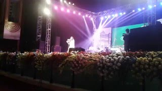 Tumi Robe Nirobe (Rabindra Sangeet) || Shreya Ghoshal Live in Kolkata || December 2015