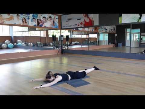 Фитнес для женщин, упражнения для похудения в домашних
