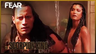 Download Video The Scorpion King Escapes On A Catapult | The Scorpion King MP3 3GP MP4