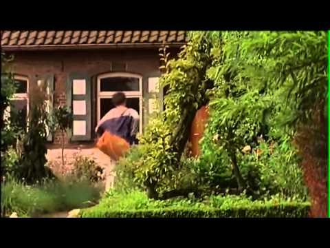 Maestra seduce a su alumnda adolecente from YouTube · Duration:  5 minutes 15 seconds