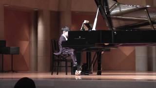 初めてのピアノの発表会です。 昨秋に入門し、一生懸命練習しました。き...