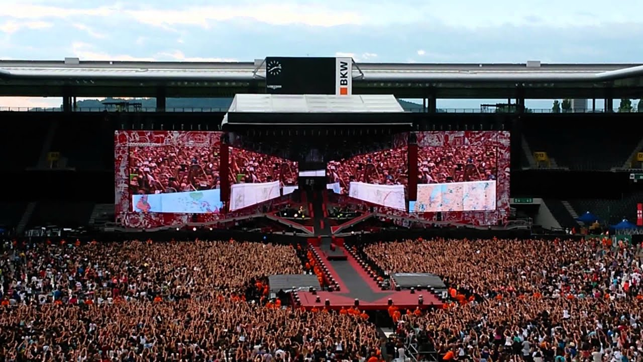 One Direction Concert Bern - 1D came on stage - YouTube