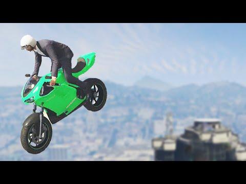 Downtown Bike Stunting! (GTA 5 Funny Moments)