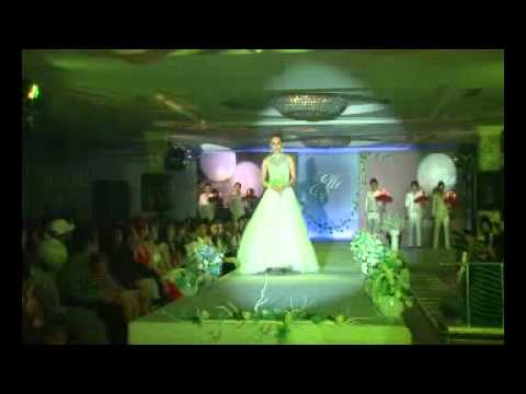 Elli Model, Cuu Long Studio, fashion show1.avi