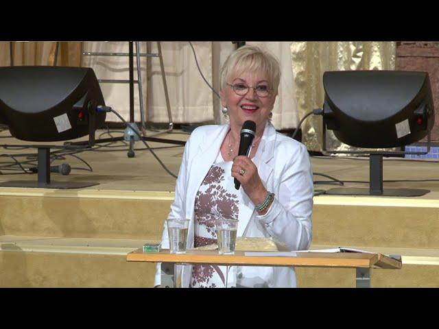 21 Juli 2019 Söndagsmöte med Linda Bergling under Mirakelkonferensen 2019