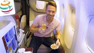 Emirates First Class Skyruiser Boeing 777 Flightreport Review ENG | GlobalTraveler.TV