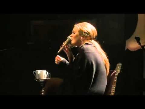 adele---hometown-glory-(-live-@-the-tabernacle-)