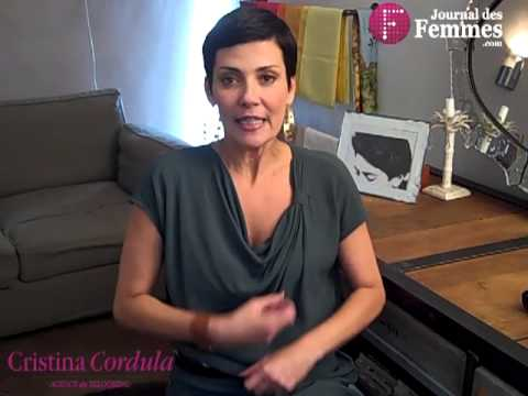 cristina cordula pour le journal des femmes quel manteau pour l 39 hiver youtube. Black Bedroom Furniture Sets. Home Design Ideas