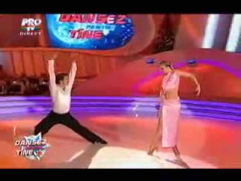 ROMANII AU TALENT 2018 - DANIEL CAPITANESCU SI DONALD NIEMEN from YouTube · Duration:  2 minutes 14 seconds
