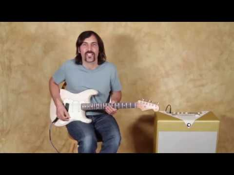 Lead Licks In The Style Of Jimi Hendrix - Guitar Lesson by Brett Papa for GuitarJamz.com