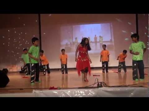 KCS Summer Dreams 2012 - Oru Vallam Ponnum Poovum dance
