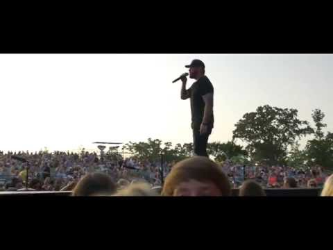Kiss My Country Ass - Live - Jon Langston