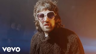 Смотреть клип Kasabian - Are You Looking For Action?