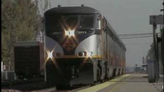 """RARE! ENGINEER RAY GIVES TWO JINGLE BELLS, """"SQUEALER"""", A NEW BELL & A SQUEALING K5LA ON AMTRAK #713!"""
