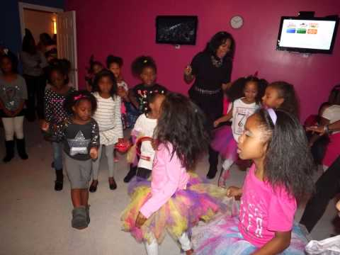 Aja Wooldridge 7th birthday party - Rockstar and TuTu skirt themed