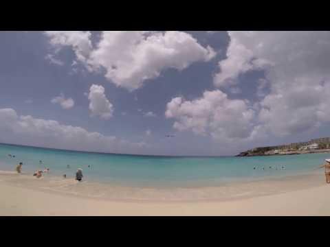 Maho Beach St. Martin Plane Landings