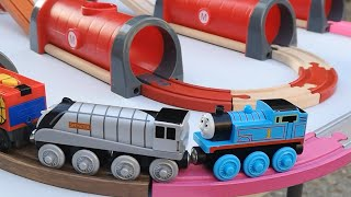 Build and Play toys Thomas and Friends | Thomas Train Trackmaster Water Mountain Rescue |