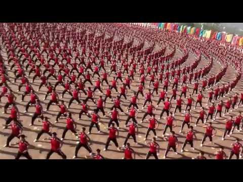 Rekor! Atraksi Memukau 36.000 Murid Sekolah Kungfu Di China