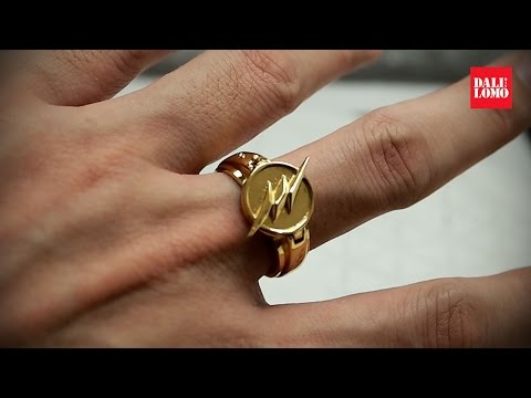 Unboxing XCoser Reverse Flash Ring